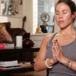 Patti Quintero meditando. ©Yogaworks