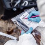 Recolección de pruebas en la escena del crimen. ©Shutterstock