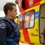 Preparándose para subir al helicóptero
