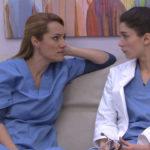 Doctoras conversando