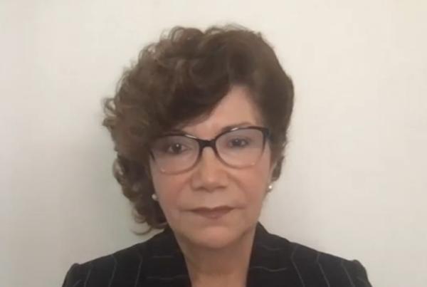 Dina C. Castro, profesora en educación temprana de la Universidad de North Texas, abordará el tema del bilingüismo y raza.