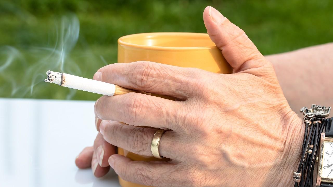 Fumadores enfrentan mayor peligro ante el Covid-19