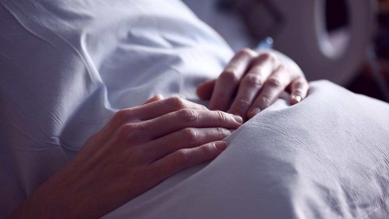 Hospitales colapsados por pacientes con Covid-19