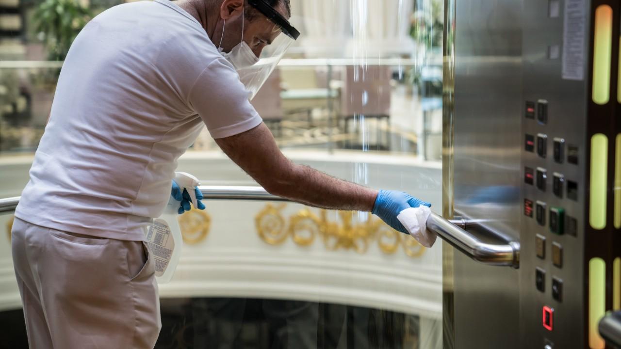 Hoteles invierten para prevenir Covid 19