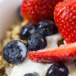 Granola con berries - El Doctor en Casa
