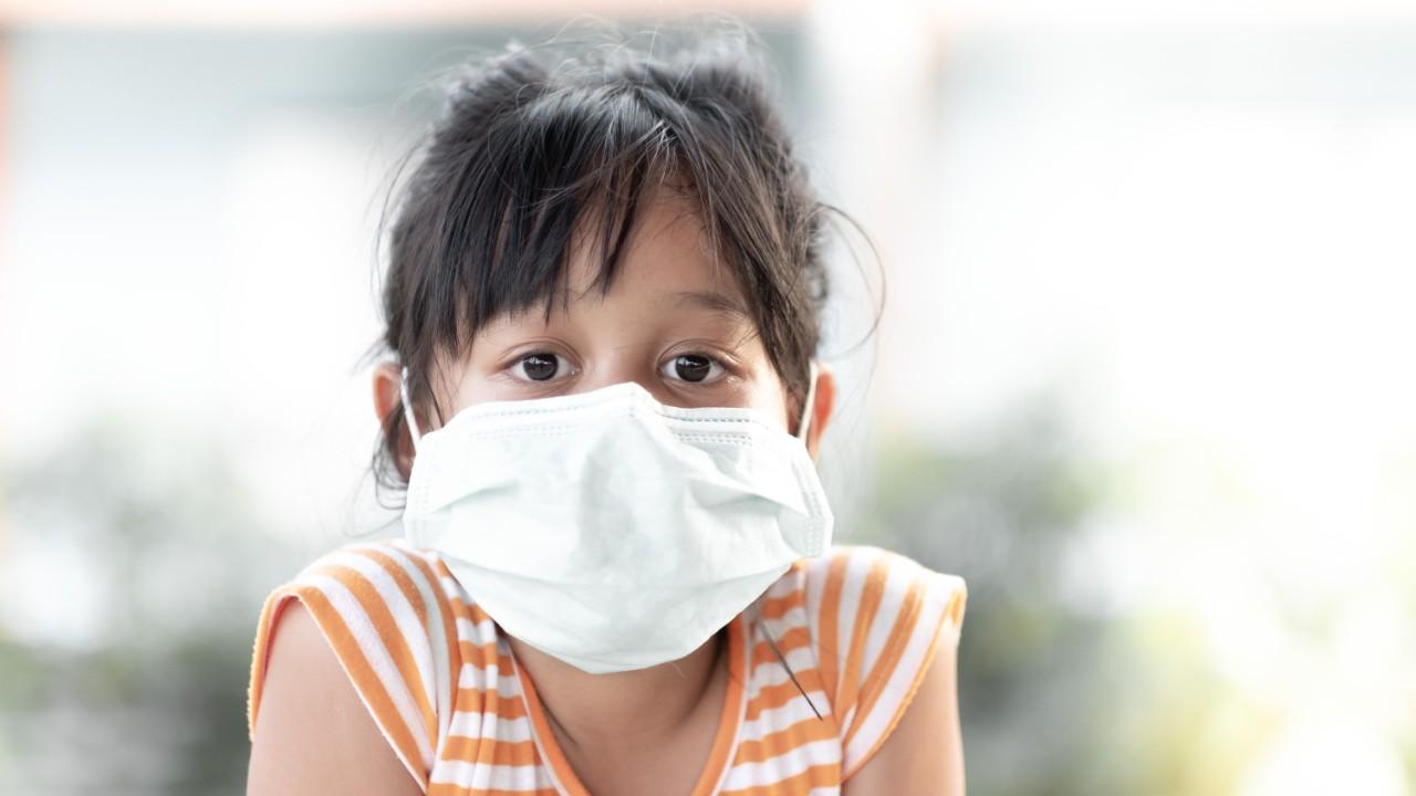 Más niños infectados por Covid-19 y nuevas complicaciones